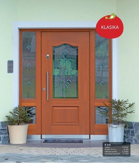 Lesena vhodna vrata tradicionalnih oblik RUSTIKAL